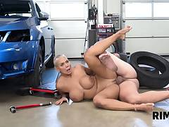 RIM4K. Well-rounded hottie tastes asshole of tired
