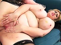 Mexicana blowjob with her big knockers